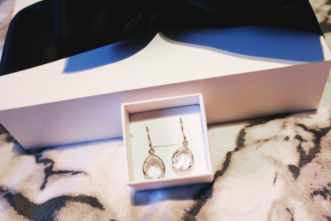Syster P Earrings Raindrop Gold